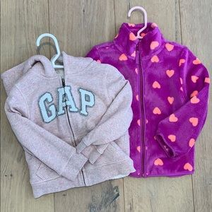 2 zip up jackets bundle size 2T